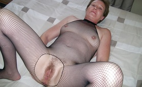 Horny Milf posing for friend
