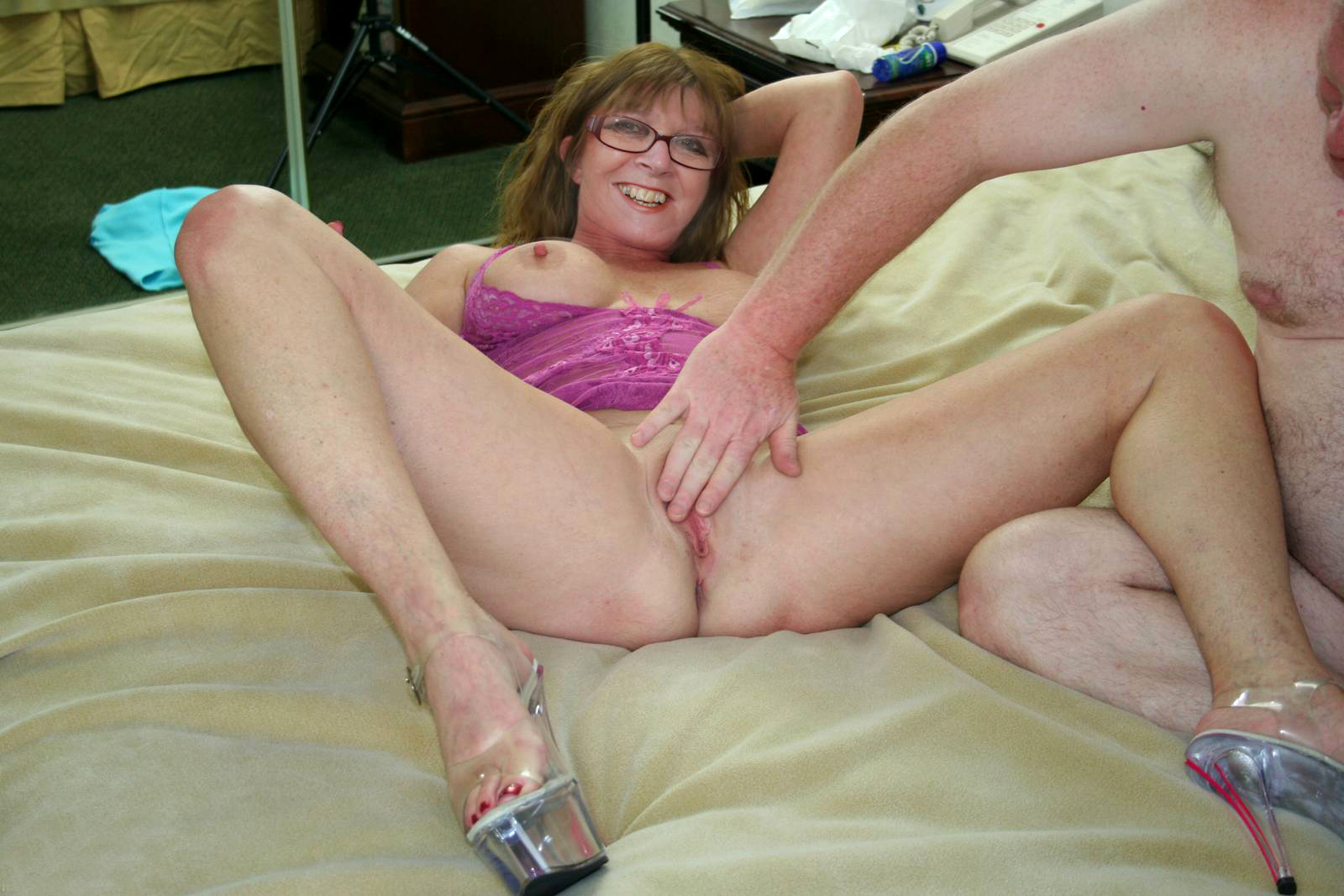 Mature British Wife Marlene Flint