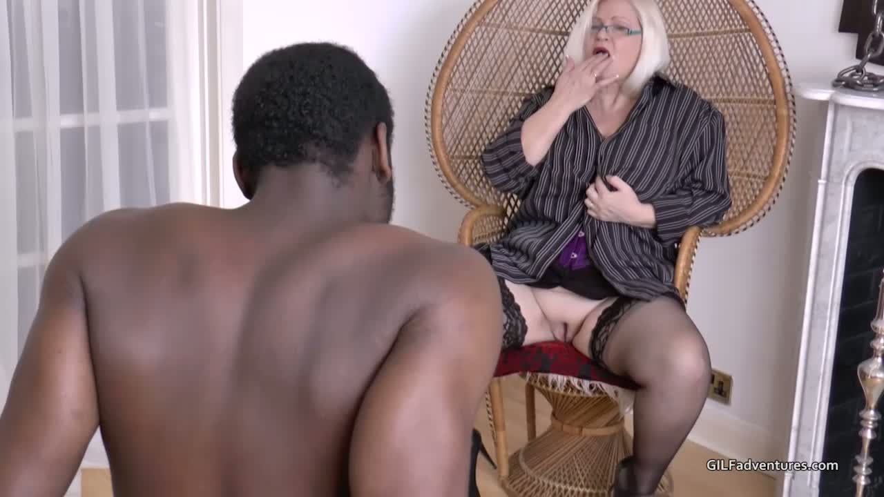 Old xxx fucking sluts are