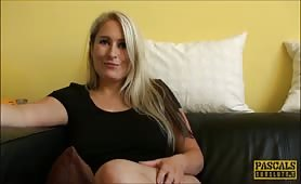 Blonde bombshell talks about sex
