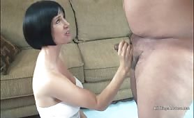 Sexy MiLF riding small cock